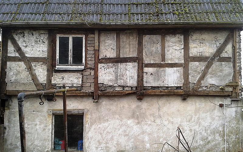 Haus vor der Fachwerksanierung